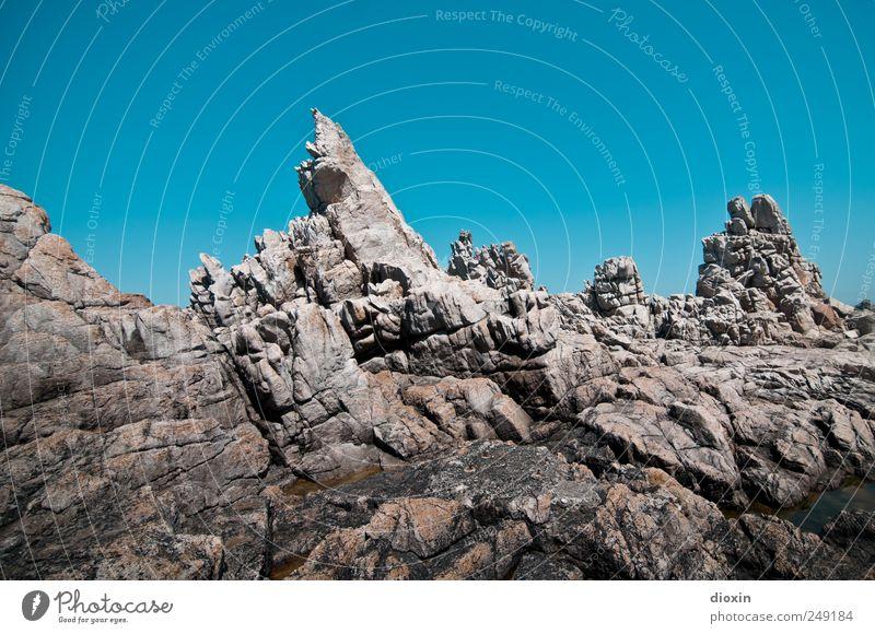 where´s captain kirk? Ferien & Urlaub & Reisen Tourismus Ausflug Sommer Sommerurlaub Insel Himmel Wolkenloser Himmel Klima Schönes Wetter Felsen Küste Bretagne