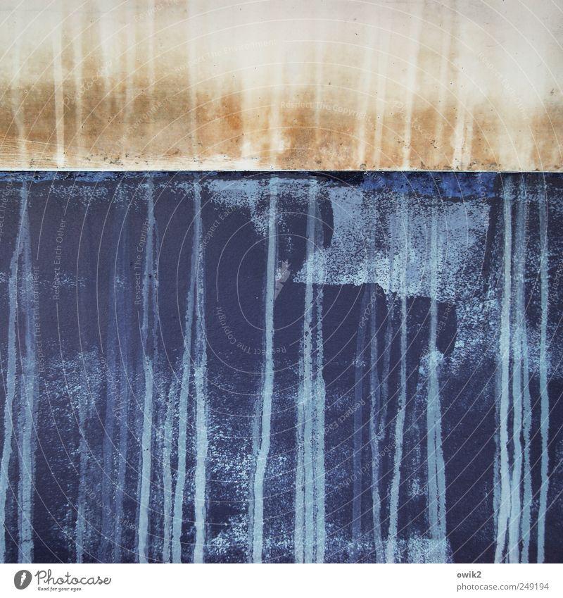 Keine Kunst Beruf Fischereiwirtschaft laufen dünn Flüssigkeit lang trashig blau braun grau weiß bescheiden sparsam ästhetisch bizarr chaotisch Desaster Design