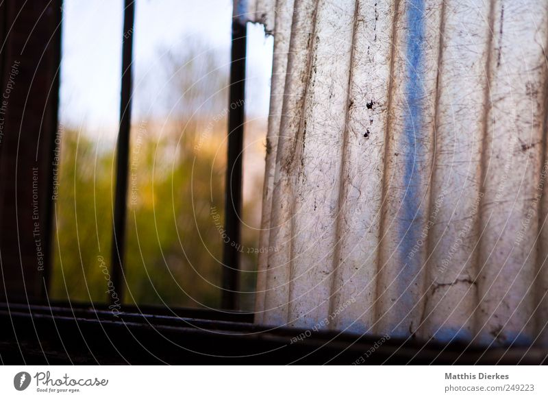 Zerfall Sehenswürdigkeit Denkmal alt Fenster Verfall Kunststoff Abdeckung industriell Industriefotografie Industrieanlage Industriegelände Industrieruine Ruine