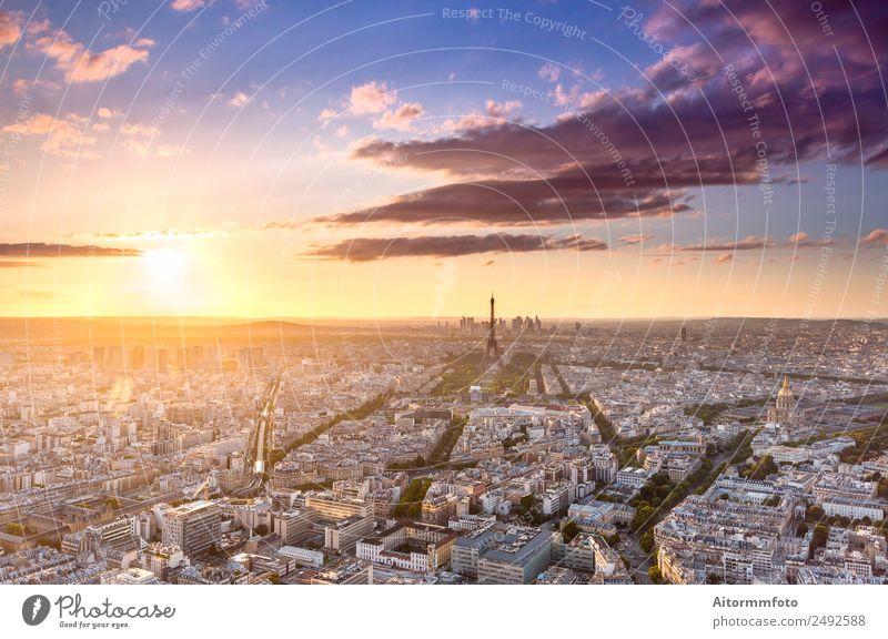 Stadtlandschaft in Paris von oben bei Sonnenuntergang schön Ferien & Urlaub & Reisen Tourismus Ausflug Sightseeing Städtereise Kultur Landschaft Himmel Horizont