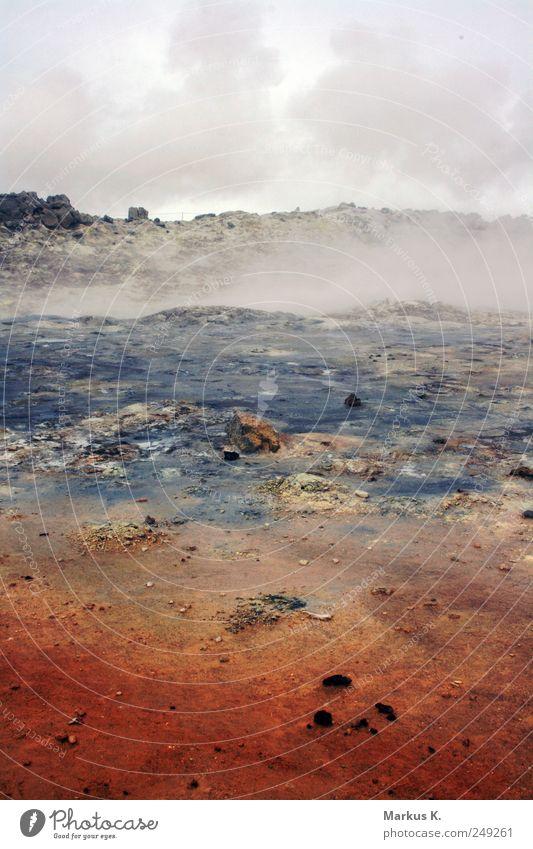 Natural colour balance Wasser rot Wolken Einsamkeit schwarz Landschaft grau träumen Wärme Luft braun Erde Feuer ästhetisch bedrohlich