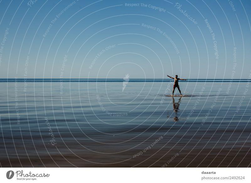 Natur Ferien & Urlaub & Reisen Jugendliche Sommer Wasser Junger Mann Sonne Landschaft Freude Strand Leben Gefühle Küste Freiheit Feste & Feiern Ausflug