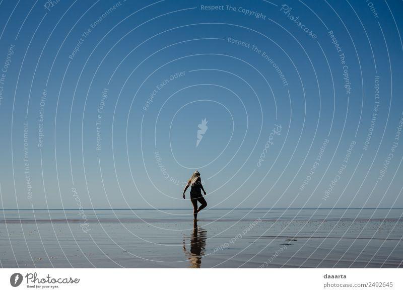 Natur Ferien & Urlaub & Reisen Sommer Wasser Landschaft Freude Strand Leben Küste feminin Freiheit Feste & Feiern Stimmung wild Freizeit & Hobby Fröhlichkeit