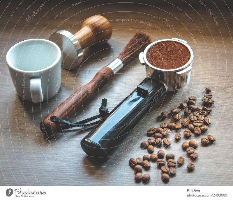 Espresso Lebensmittel Ernährung Kaffeetrinken Italienische Küche Getränk Heißgetränk Becher Kunst braun Kaffeebohnen Farbfoto Innenaufnahme Menschenleer