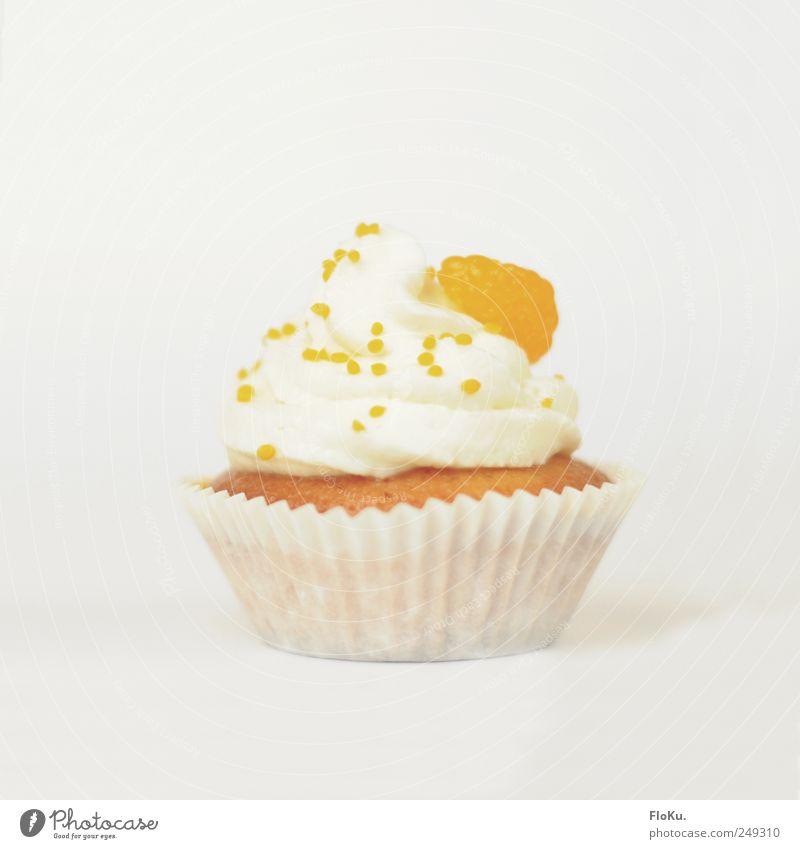 Cake im Cup Lebensmittel Kuchen Dessert Süßwaren Ernährung Kaffeetrinken frisch schön klein lecker süß gelb weiß Glück Muffin orange Mandarine Sahne Törtchen