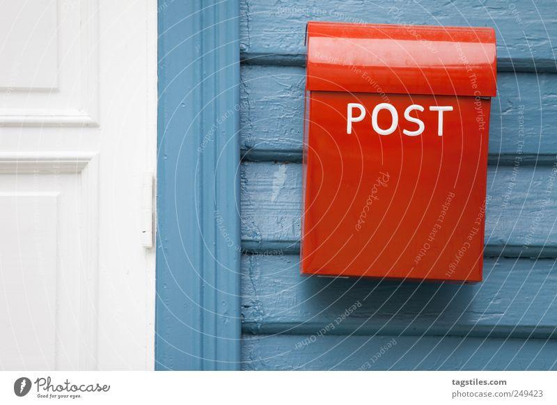 YOU'VE GOT MAIL alt rot Tür Idylle Kommunizieren einfach Telekommunikation Postkarte rein schreiben Brief Kasten Nostalgie Post E-Mail Norwegen
