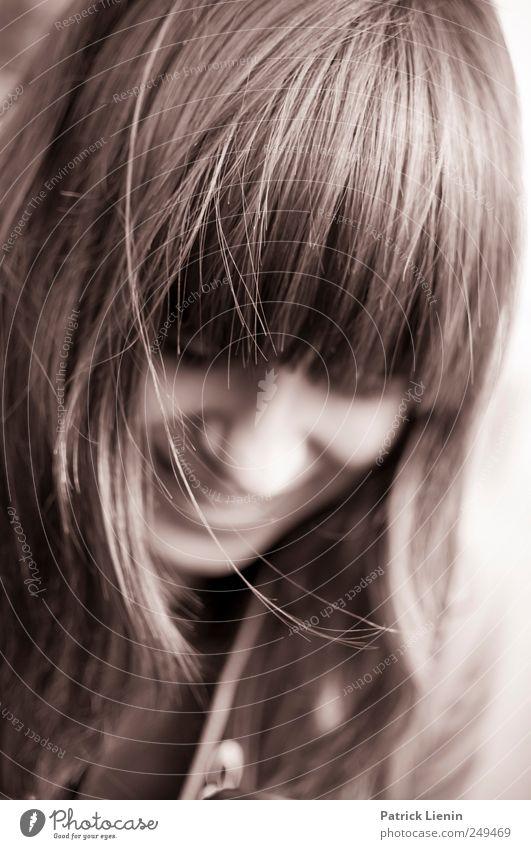 Don´t be shy Mensch Jugendliche schön Freude Gesicht feminin Kopf Stil Haare & Frisuren Erwachsene Zufriedenheit elegant Fröhlichkeit frisch Lifestyle