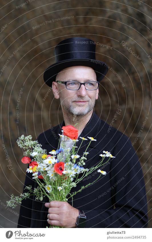 Zuversichtlich... | UT Dresden maskulin Mann Erwachsene Männlicher Senior Leben 1 Mensch 45-60 Jahre 60 und älter Anzug Brille Hut Zylinder Glatze Lächeln