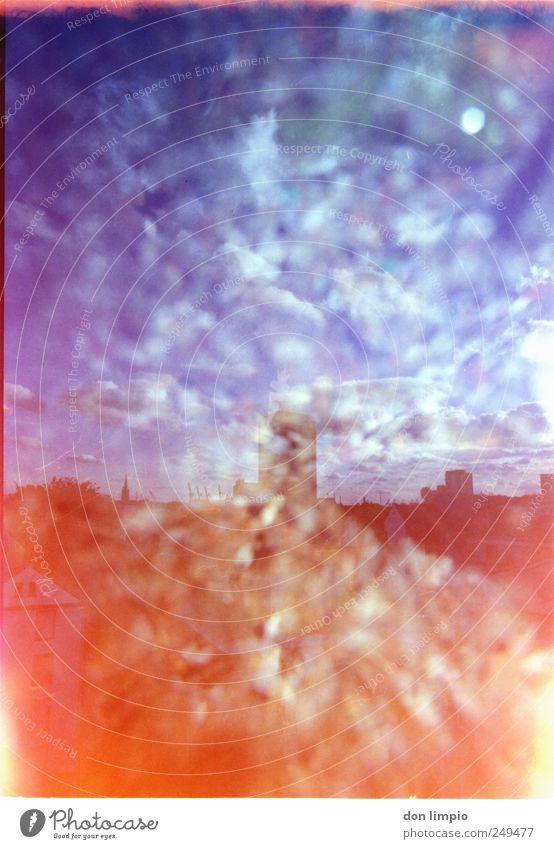 alle farben Wolken St. Pauli Hafenstadt Stadtzentrum Haus leuchten mehrfarbig Light leak Doppelbelichtung analog gemischt Experiment abstrakt Tag