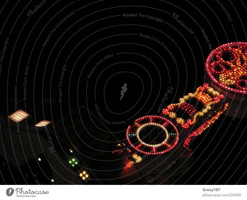 Wahnsinnige Geschwindigkeit ;) Jahrmarkt Licht Lampe Freizeit & Hobby karussel Feste & Feiern
