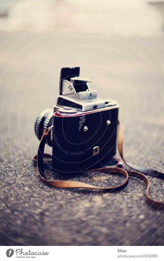 Camera alt Boden Fotokamera analog altehrwürdig Objektiv