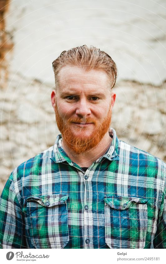 Porträt eines rothaarigen Mannes mit kariertem Hemd Stil Haare & Frisuren Mensch Erwachsene Oberlippenbart Vollbart stehen Coolness trendy modern niedlich