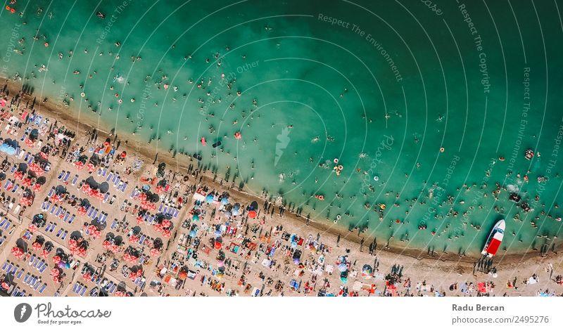 Luftaufnahme der Menschen, die sich am Strand am Schwarzen Meer aufhalten. Lifestyle exotisch Freude Ferien & Urlaub & Reisen Tourismus Abenteuer Freiheit