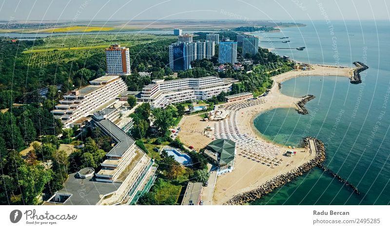 Luftbilddrohne Blick auf das Neptun-Olimp Resort am Schwarzen Meer Lifestyle exotisch Ferien & Urlaub & Reisen Tourismus Ausflug Abenteuer Freiheit Städtereise