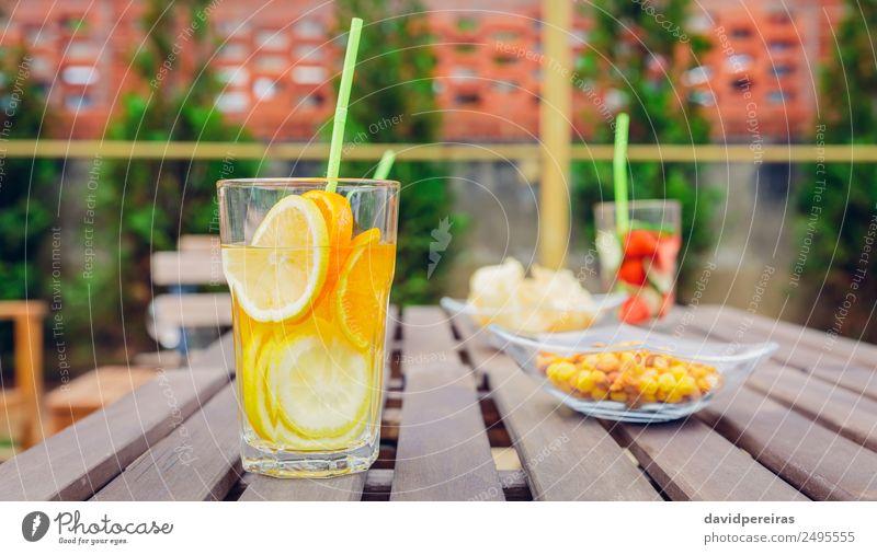Natur Sommer grün rot natürlich Holz Frucht Ernährung frisch Tisch Coolness Getränk Gemüse Tee Erfrischung Diät