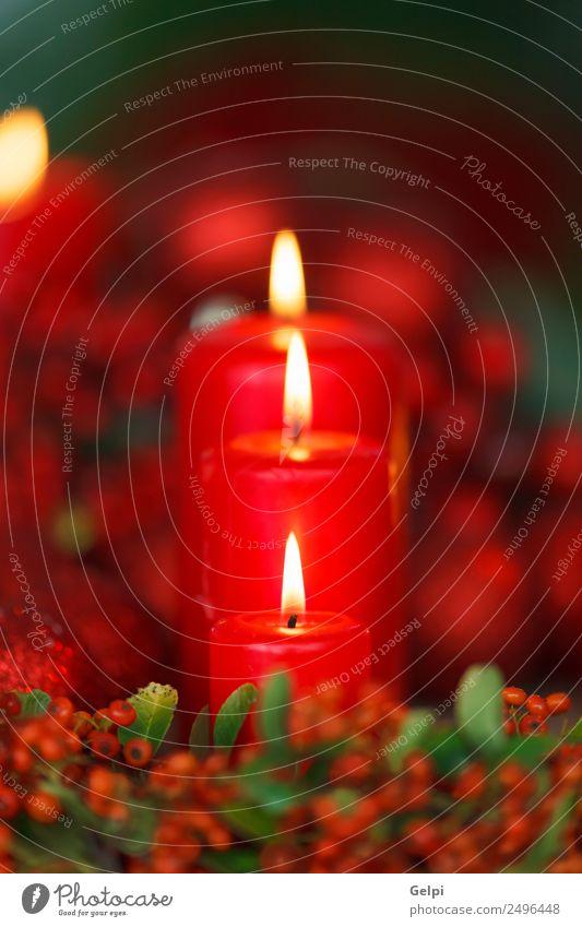 Weihnachtsbeleuchtung Design Glück Winter Dekoration & Verzierung Tisch Feste & Feiern Weihnachten & Advent Wärme Kerze Ornament dunkel rot weiß Farbe Tradition