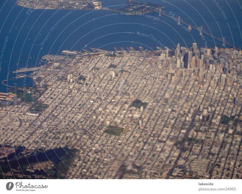 San Francisco Downtown Luftaufnahme Stadt Flugzeug Brücke Luftverkehr USA Amerika Stadtzentrum Kalifornien