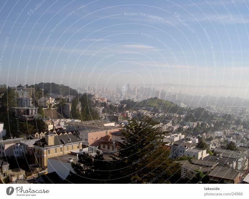 Blick auf San Francisco Downtown Stadt Nebel USA Stadtzentrum Nordamerika