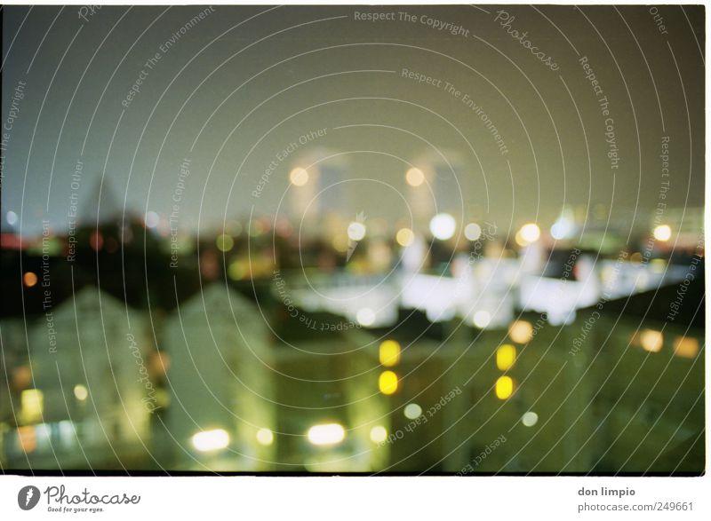 night tales St. Pauli Hafenstadt Stadtzentrum Skyline Haus Gebäude Häusliches Leben Surrealismus Doppelbelichtung analog Außenaufnahme Experiment Nacht