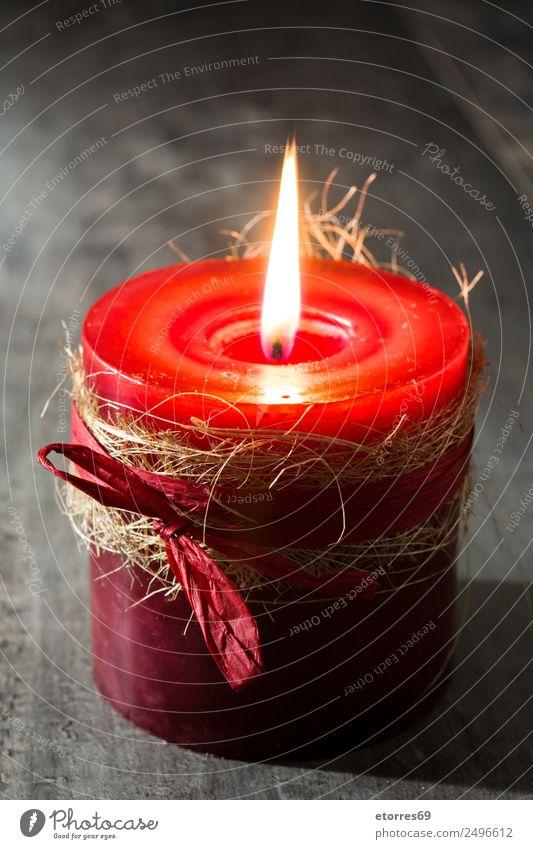 Rote Kerze Weihnachten & Advent rot friedlich ruhig Kerzenschein Licht Feuer Dekoration & Verzierung Saison Winter Ornament Holztisch Farbfoto Studioaufnahme