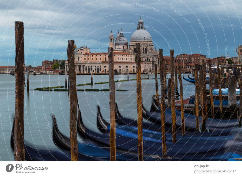 rumgondeln Ferien & Urlaub & Reisen blau Stadt Meer Wolken ruhig Tourismus Kirche Europa Idylle einzigartig Italien Sehenswürdigkeit Trauer Wahrzeichen