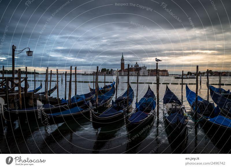 aufwachen Ferien & Urlaub & Reisen Sightseeing Städtereise Sommerurlaub Wolken Gewitterwolken Nachthimmel Meer Bucht Venedig Italien Europa Stadt Altstadt