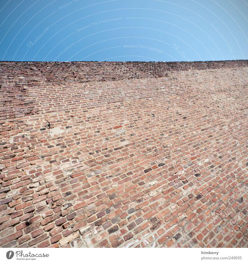 mauer von dauer Wand Mauer Gebäude Kunst Fassade Design Hochhaus planen Sicherheit Baustelle einzigartig Ende Bauwerk Hafen geheimnisvoll Backstein