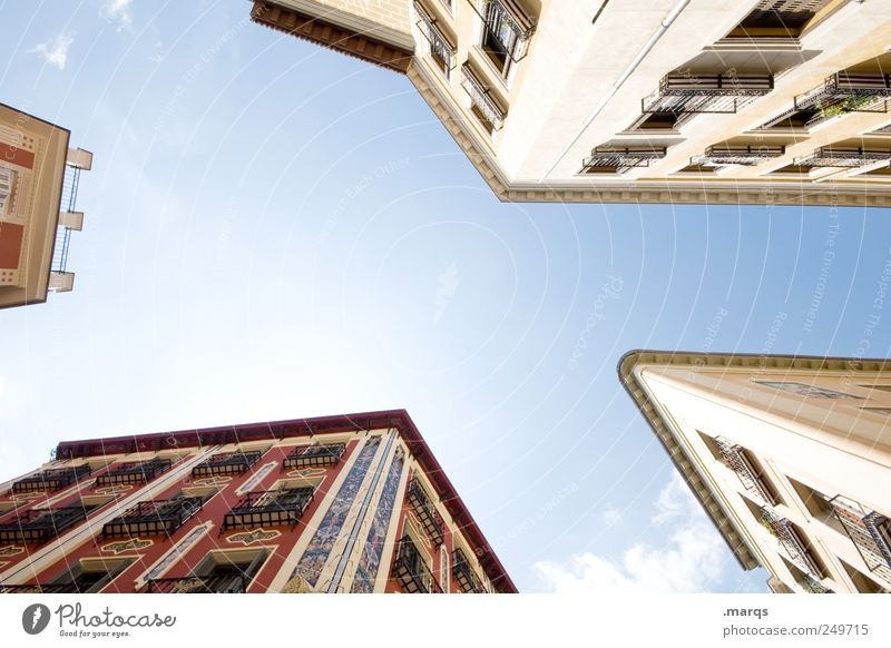 Klassiker Reichtum Ferien & Urlaub & Reisen Städtereise Häusliches Leben Architekt Wirtschaft Baustelle Wolkenloser Himmel Barcelona Spanien Haus Gebäude