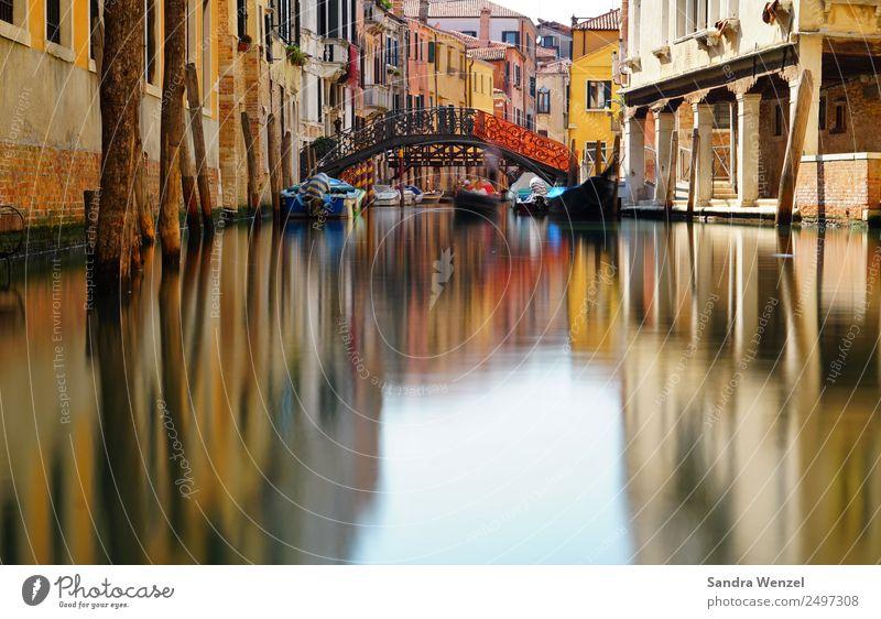 Venedig IV Ferien & Urlaub & Reisen Tourismus Ausflug Städtereise Kanal Wasserstraße Stadt Hafenstadt Sehenswürdigkeit Brücke Gondel (Boot) Blick Italien