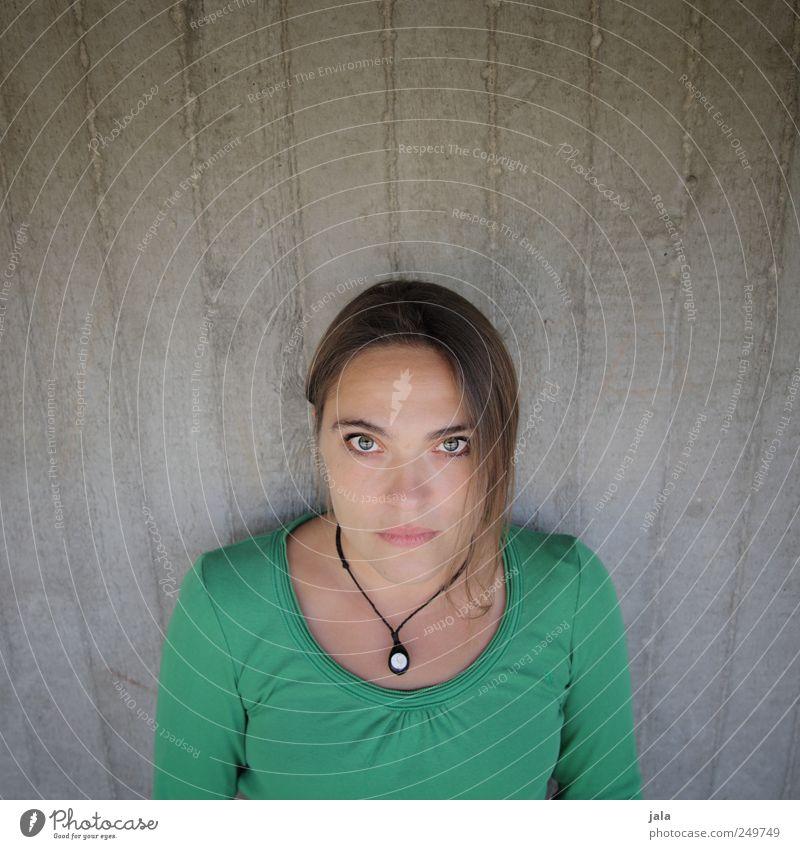 schau mir in die augen, großer Frau Mensch schön feminin Wand Mauer Erwachsene Betonwand 30-45 Jahre