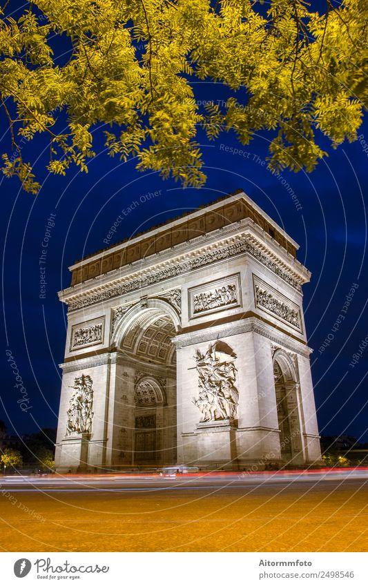 Arc de triomphe in Paris bei blauem Himmel bei Nacht Ferien & Urlaub & Reisen Tourismus Sightseeing Kultur Landschaft Architektur Denkmal Straße dunkel
