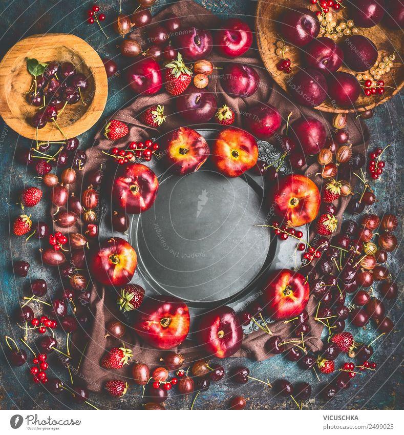 Sommer saisonal Obst und Beeren . Rahmen Lebensmittel Frucht Ernährung Bioprodukte Vegetarische Ernährung Diät Geschirr kaufen Stil Design Gesunde Ernährung