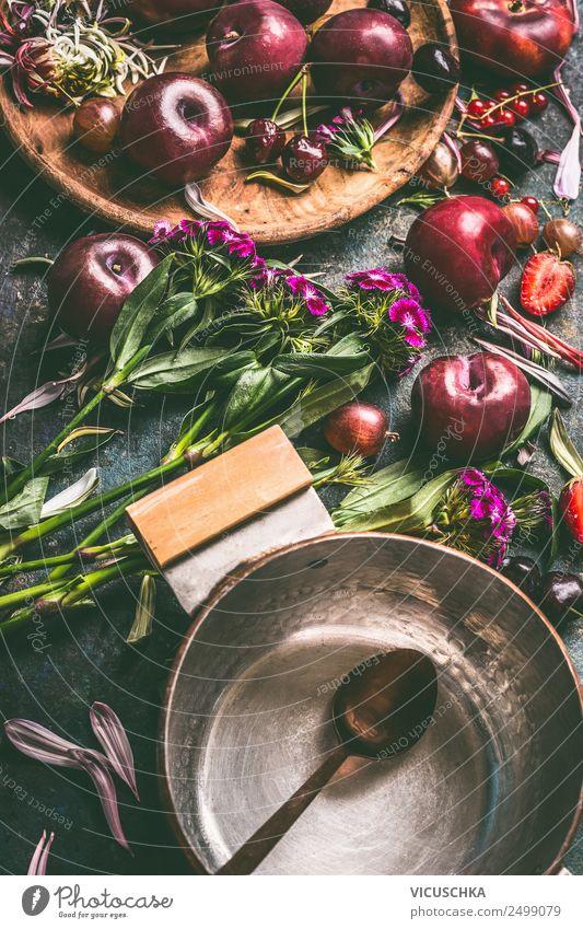 Sommer Obst aus Garten und Topf mit Löffel Lebensmittel Frucht Ernährung Stil Design Gesunde Ernährung Häusliches Leben Tisch altehrwürdig Stillleben Pflaume