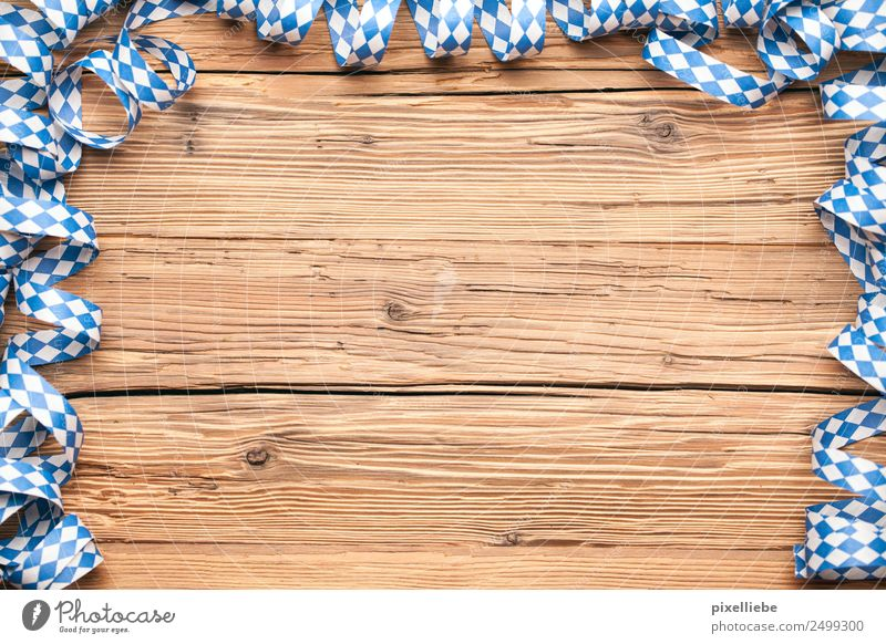 Oktoberfest Luftschlangen Ein Lizenzfreies Stock Foto Von Photocase