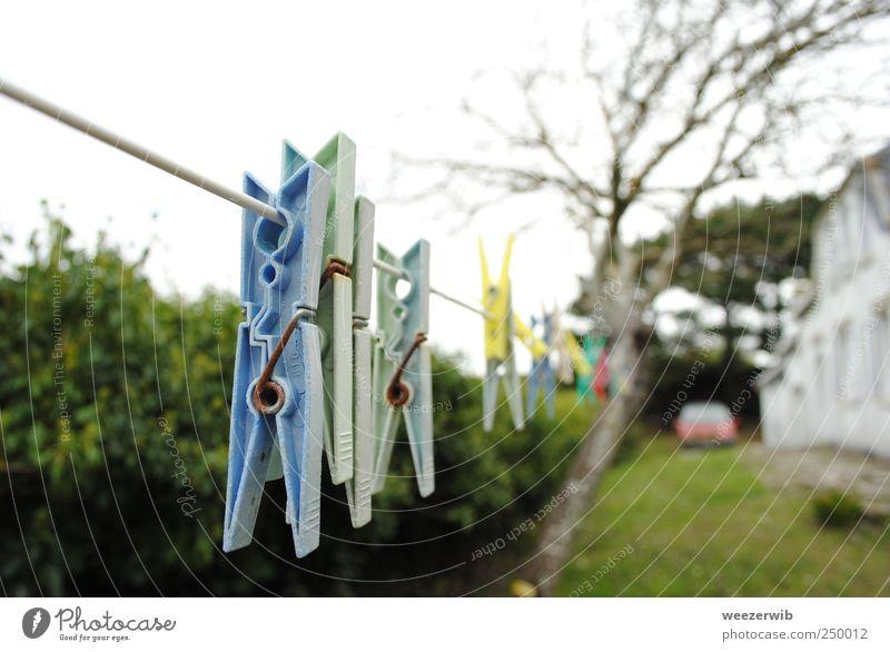 Im Meerwind trocknet die Wäsche gut. blau weiß grün Baum Ferien & Urlaub & Reisen Haus Garten Zufriedenheit Schwimmen & Baden natürlich frisch Reinigen