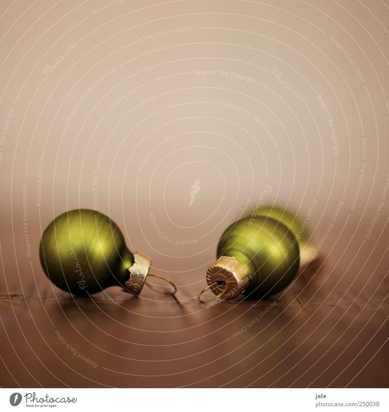 noch mehr weihnachtsschmuck Dekoration & Verzierung Kitsch Krimskrams ästhetisch elegant schön braun gold grün Weihnachtsdekoration Christbaumkugel Farbfoto