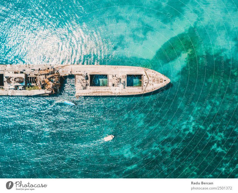 Luftbilddrohne Ansicht des alten Schiffbruch-Geisterschiffes Ferien & Urlaub & Reisen Tourismus Abenteuer Expedition Sommer Strand Meer Umwelt Natur Landschaft