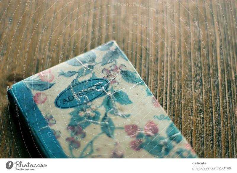 Adressbüchlein blau Denken braun Wohnung Lifestyle warten Schriftzeichen beobachten Ziffern & Zahlen Kitsch Sammlung Telefongespräch Ornament Schreibwaren