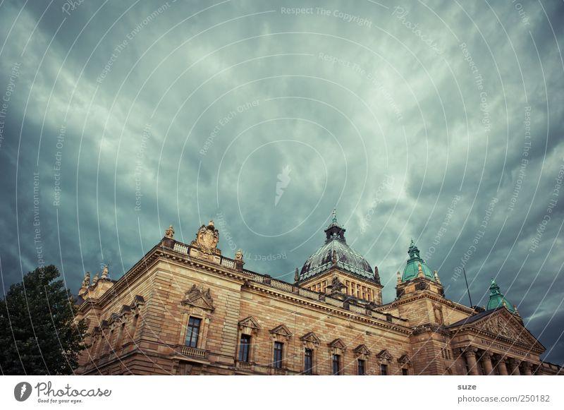 Rechtslage Himmel Wolken dunkel Umwelt Architektur Gebäude Wetter Deutschland Macht Bauwerk historisch Leipzig Sightseeing Gesetze und Verordnungen Politik & Staat dramatisch
