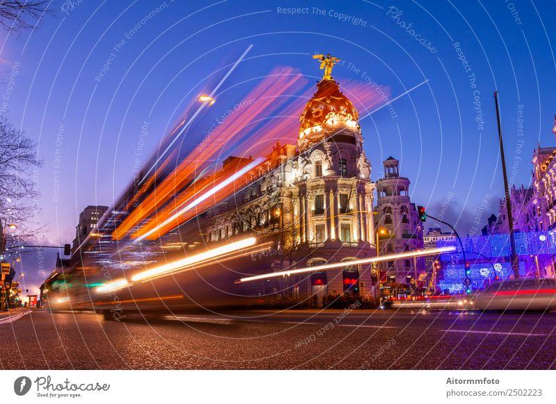 Madrid, Spanien bei schönem Sonnenuntergang mit Autolampen Leben Ferien & Urlaub & Reisen Tourismus Ausflug Sightseeing Städtereise Landschaft Himmel Stadt
