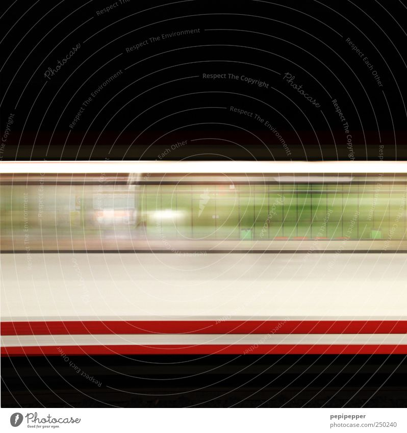 fast forward Ferien & Urlaub & Reisen Wand Bewegung Mauer Fassade Ausflug Verkehr Geschwindigkeit Tourismus Technik & Technologie fahren Verkehrswege U-Bahn