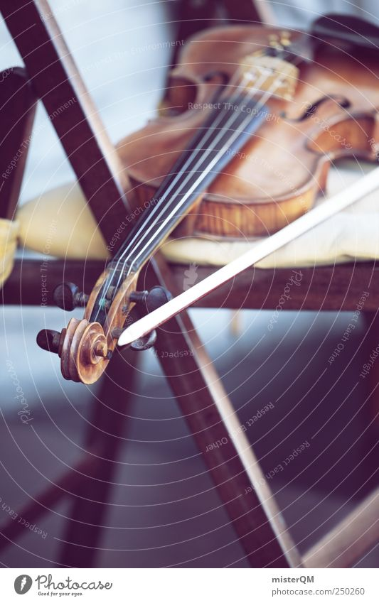 Die letzte Geige. Kunst Musik Konzert Oper Musiker Orchester ästhetisch Geigenbaumuseum musizieren Musikunterricht Musikinstrument Klassisches Konzert Pause