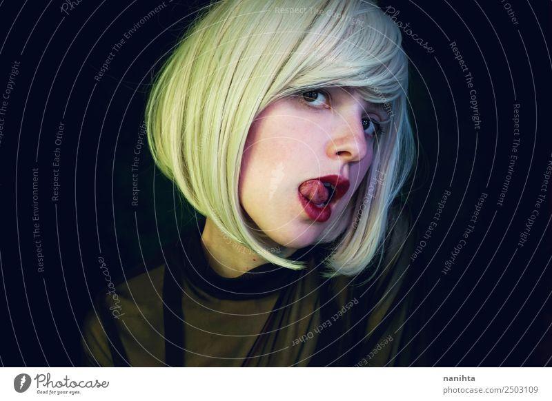 Frau Mensch Jugendliche Junge Frau schön Erotik dunkel 18-30 Jahre Gesicht Erwachsene feminin Stil Haare & Frisuren elegant blond Haut