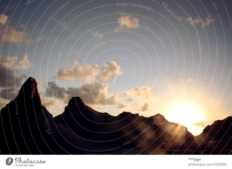 welcome to denmark. Natur Wolken Berge u. Gebirge Sand Ausflug Felsen hoch Wüste Gipfel Lichtspiel eckig Tal Täuschung Ödland Dänemark
