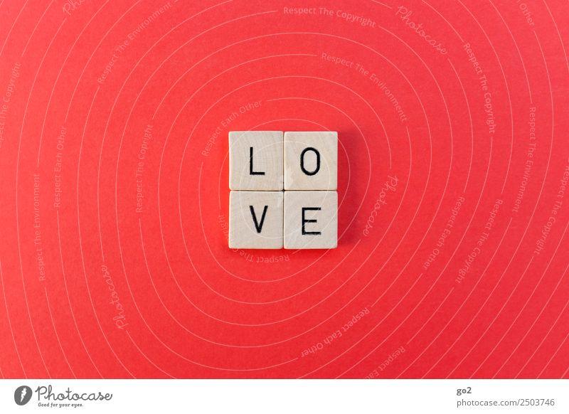 L O V E Spielen Brettspiel Schriftzeichen rot Gefühle Glück Lebensfreude Frühlingsgefühle Akzeptanz Vertrauen Sicherheit Schutz Geborgenheit Warmherzigkeit