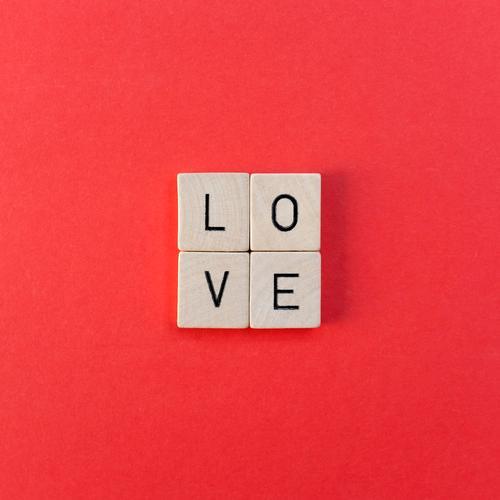 Love Spielen Valentinstag Muttertag Weihnachten & Advent Hochzeit Geburtstag Schriftzeichen rot Gefühle Lebensfreude Frühlingsgefühle Schutz Geborgenheit