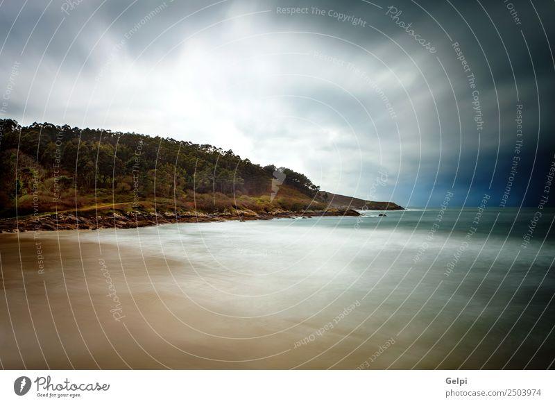 Schöne Meereslandschaft an einem bewölkten Tag schön Ferien & Urlaub & Reisen Sommer Sonne Strand Natur Landschaft Himmel Wolken Horizont Wetter Felsen Küste