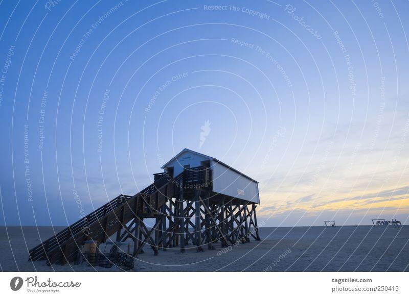 TOILETTE IN HÜBSCH Natur Sommer Strand Ferien & Urlaub & Reisen Meer Sand Küste Horizont Tourismus Reisefotografie Idylle Nordsee Toilette Pfosten unberührt