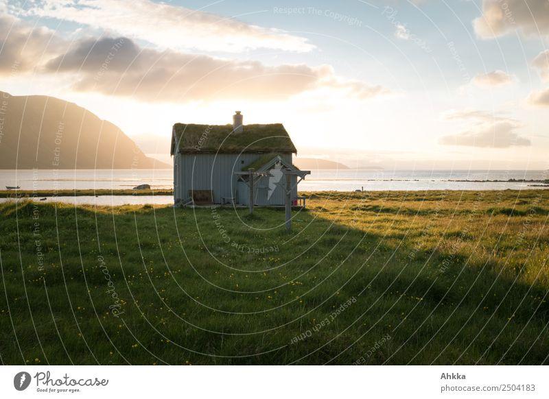 A place to be ... Traumhütte am Strand in Norwegen Ferien & Urlaub & Reisen Abenteuer Landschaft Sommer Bucht Fjord Mitternachtssonne Polarmeer Hütte Glück
