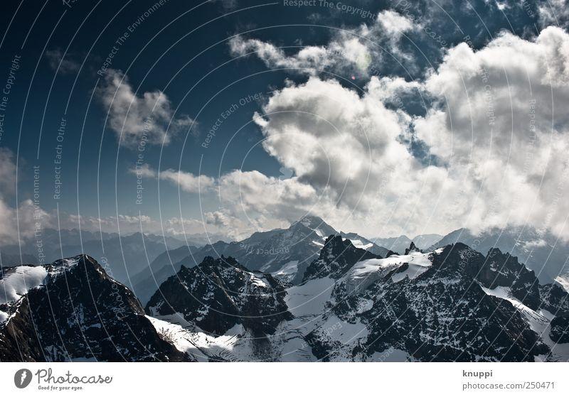 on the top Himmel blau weiß Landschaft Wolken Ferne Winter kalt Berge u. Gebirge Umwelt Schnee Freiheit wild Luft Aussicht Ausflug